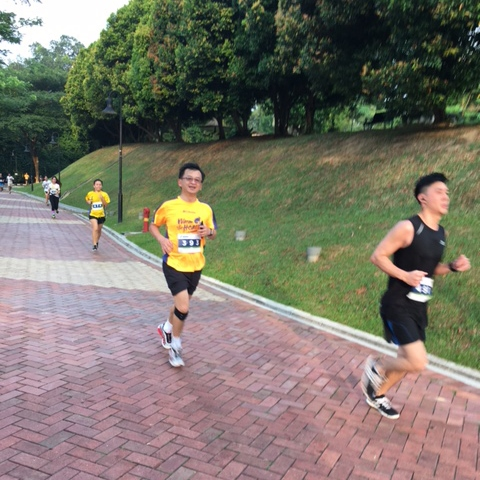The runners in our group make fast progress.