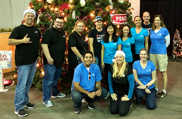 CSR Snapshot: Syniverse Helps Distribute Gifts to Needy Families in Tampa