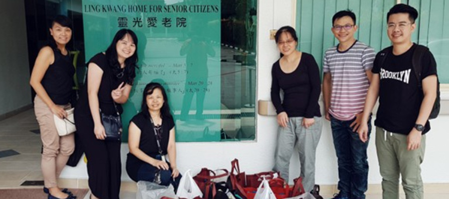 CSR Snapshot: Singapore Office Visits Seniors' Home